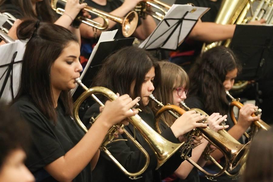 Concerto com a Orquestra de Câmara da Rocinha (RJ) e Orquestra Arte&Vida (Arapongas - PR)