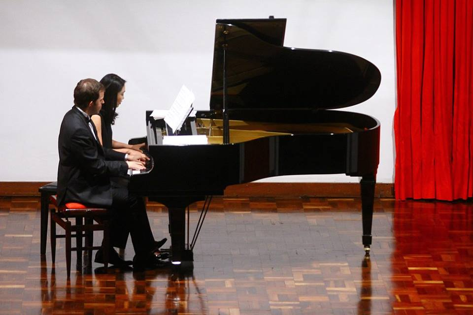 DUO DE PIANO GOMEZ LEE